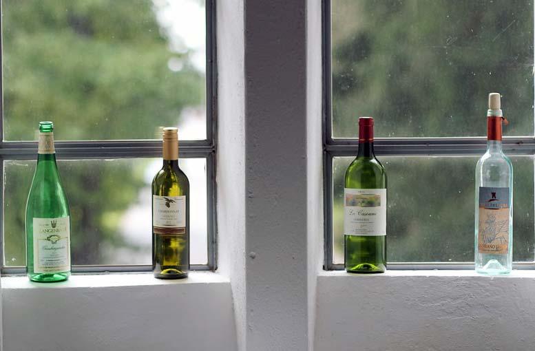 Weinflaschen: Im Wein lag Wahrheit